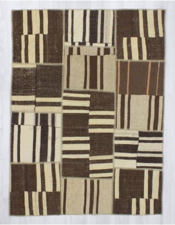 Handmade vintage naturel Turkish kilim patchwork rug