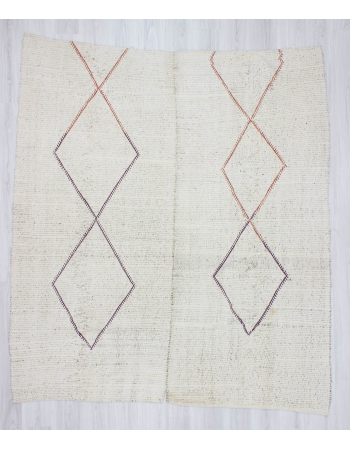 Handwoven vintage decorative modern white Turkish kilim rug