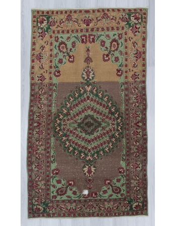 Vintage decorative Turkish Oushak rug