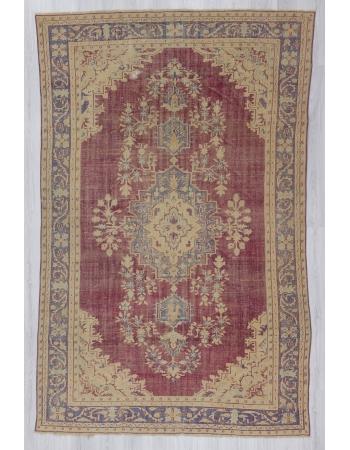 Vintage handknotted Turkish rug