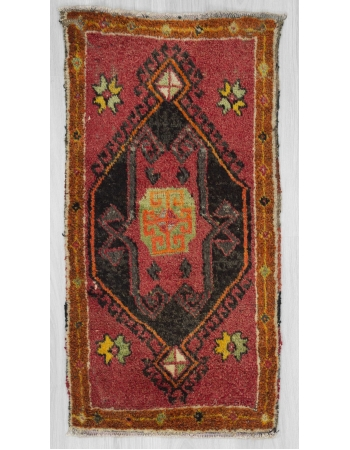 Vintage mini Turkish rug / Door mat