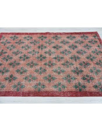 Vintage floral Turkish rug