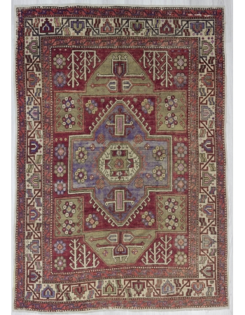 Vintage Traditional Wool Oushak Rug