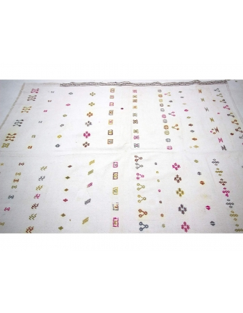 Vintage White Embroidered Cotton Kilim Rug