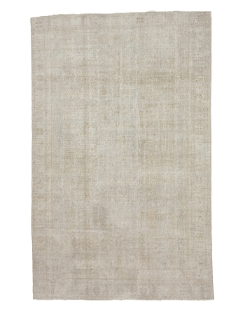 "Distressed Washed Out Vintage Carpet - 6`9"" x 10`9"""