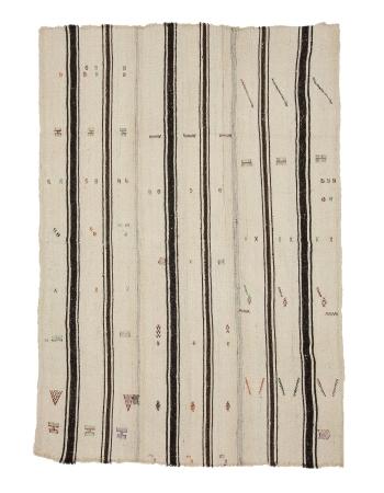 """Modern Vintage Turkish Kilim Rug - 5`4"""" x 7`9"""""""
