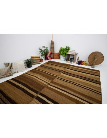 """Brown Vintage Natural Kilim Rug - 6`7"""" x 9`7"""""""