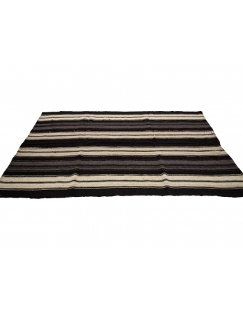 "Striped Vintage Handwoven Kilim Rug - 5`3"" x 9`2"""