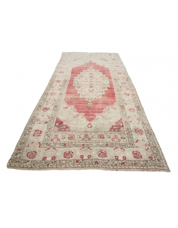 "Vintage Turkish Konya Wool Rug - 5`6"" x 10`8"""