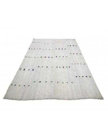"Vintage Embroidered Turkish Gray Kilim Rug - 5`3"" x 6`9"""