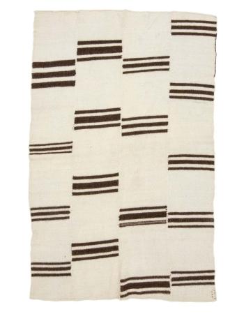 """Wool Vintage Natural Kilim Rug - 4`9"""" x 7`5"""""""