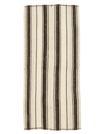 "Striped Vintage Turkish Kilim Rug - 2`6"" x 5`7"""