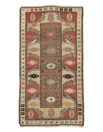 "Small Vintage Turkish Milas Rug - 2`8"" x 4`11"""