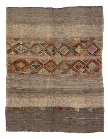 "Decorative Vintage Turkish Kilim Rug - 4`4"" x 5`5"""