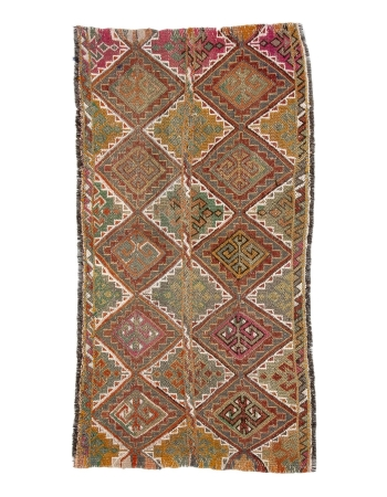 "Small Vintage Embroidered Kilim Rug - 2`6"" x 4`7"""