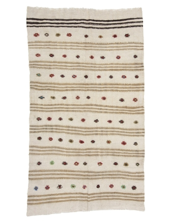 "Embroidered  Vintage Hemp Kilim Rug - 4`5"" x 7`10"""