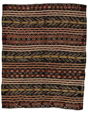 "Embroidered Vintage Turkish Kilim Rug - 6`9"" x 8`5"""