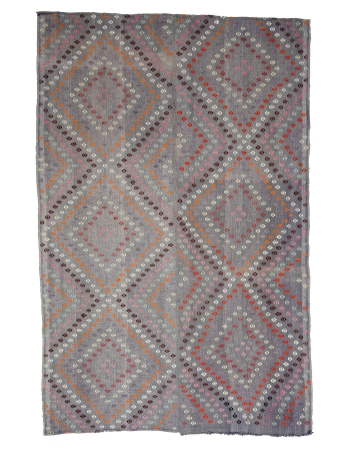 "Embroidered Vintage Turkish Kilim Rug - 6`9"" x 10`4"""