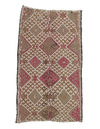 "Small Embroidered Vintage Kilim Rug - 2`8"" x 4`7"""