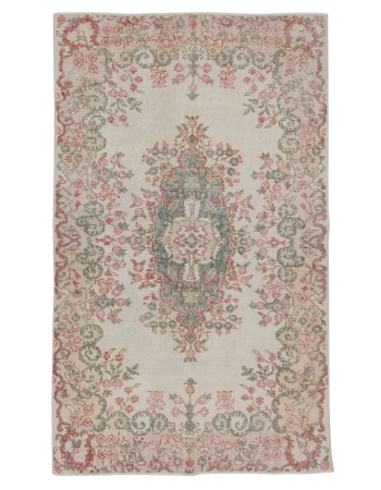 "Vintage Floral Turkish Area Rug - 4`0"" x 6`7"""