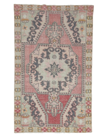 "Decorative Vintage Turkish Area Rug - 4`3"" x 6`10"""
