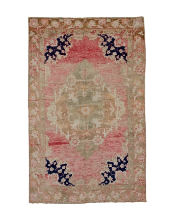 "Vintage Turkish Washed Out Konya Rug - 4`8"" x 7`5"""