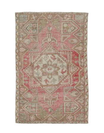 "Small Vintage Washed Out Turkish Rug - 3`8"" x 5`8"""