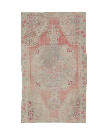 "Washed Out Vintage Turkish Rug - 4`2"" x 7`3"""