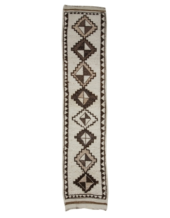 "White & Brown Vintage Wool Runner - 2`8"" x 12`0"""