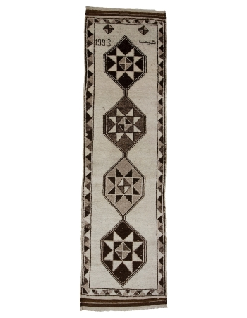 "Vintage Natural Wool Brown & White Runner - 3`4"" x 11`10"""