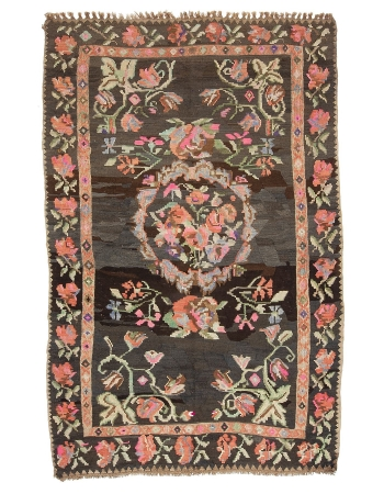 "Floral Vintage Turkish Kilim Rug - 6`11"" x 10`6"""