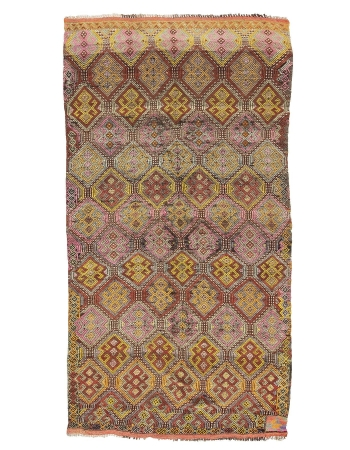 "Embroidered Vintage Wool Kilim Rug - 5`7"" x 11`10"""