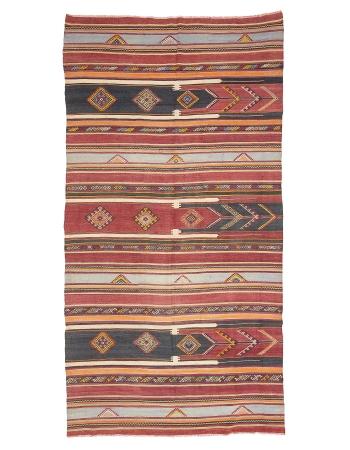 "Vintage Handwoven Turkish Kilim Rug - 5`7"" x 10`11"""
