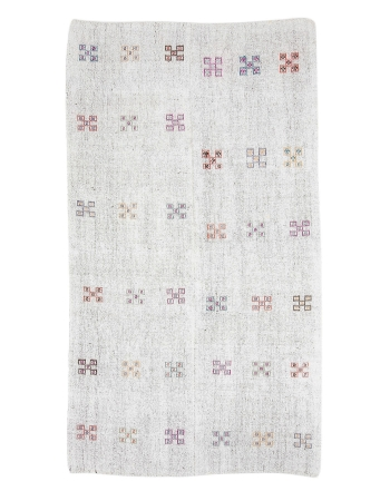 "Light Gray Embroidered Vintage Kilim Rug - 5`9"" x 10`1"""