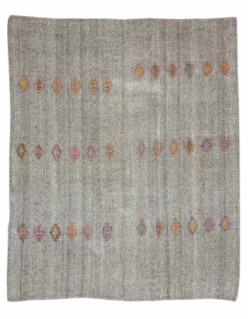 "Gray Vintage Embroidered Kilim Rug - 7`1"" x 8`6"""