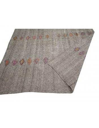 "Gray Vintage Embroidered Kilim Rug - 7`1"" x 8`6"""