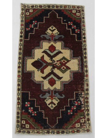 "Vintage Turkish Mini Rug - 1`8"" x 3`1"""