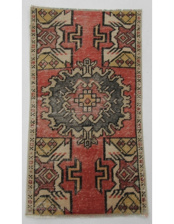 "Worn Vintage Turkish Mini Rug - 1`7"" x 2`10"""