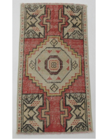 "Vintage Worn Turkish Mini Rug - 1`6"" x 2`10"""