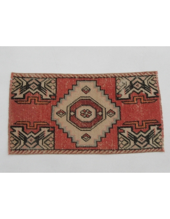 """Vintage Wool Mini Rug - 1`7"""" x 2`11"""""""