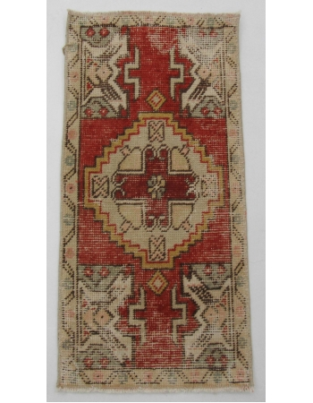 "Worn Vintage Decorative Mini Rug - 1`5"" x 3`0"""