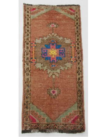 "Unique Vintage Mini Wool Rug - 1`10"" x 3`9"""