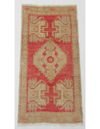 "Vintage Mini Turkish Rug - 1`7"" x 3`2"""