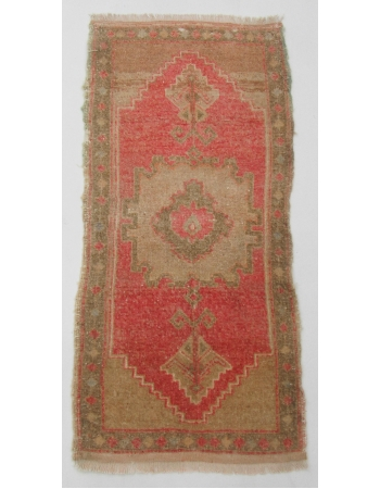 "Vintage Wool Mini Turkish Rug - 1`9"" x 3`7"""