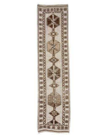 "Vintage Brown & Cream Wool Herki Runner - 3`0"" x 12`0"""