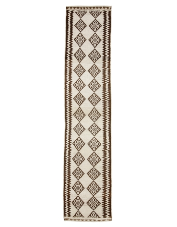 "Brown & White Vintage Runner Rug - 2`9"" x 13`3"""
