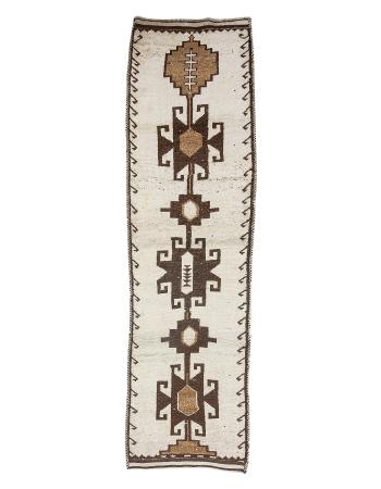 "Vintage White & Brown Modern Runner Rug - 3`1"" x 11`8"""