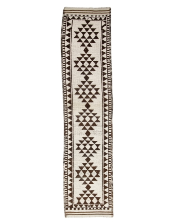 "Unique White & Brown Vintage Runner - 2`9"" x 11`8"""