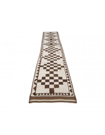 """Vintage Cream & Brown Wool Runner - 2`9"""" x 15`10"""""""
