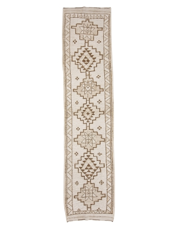 "Vintage Neutral Wool Herki Runner - 2`10"" x 12`1"""